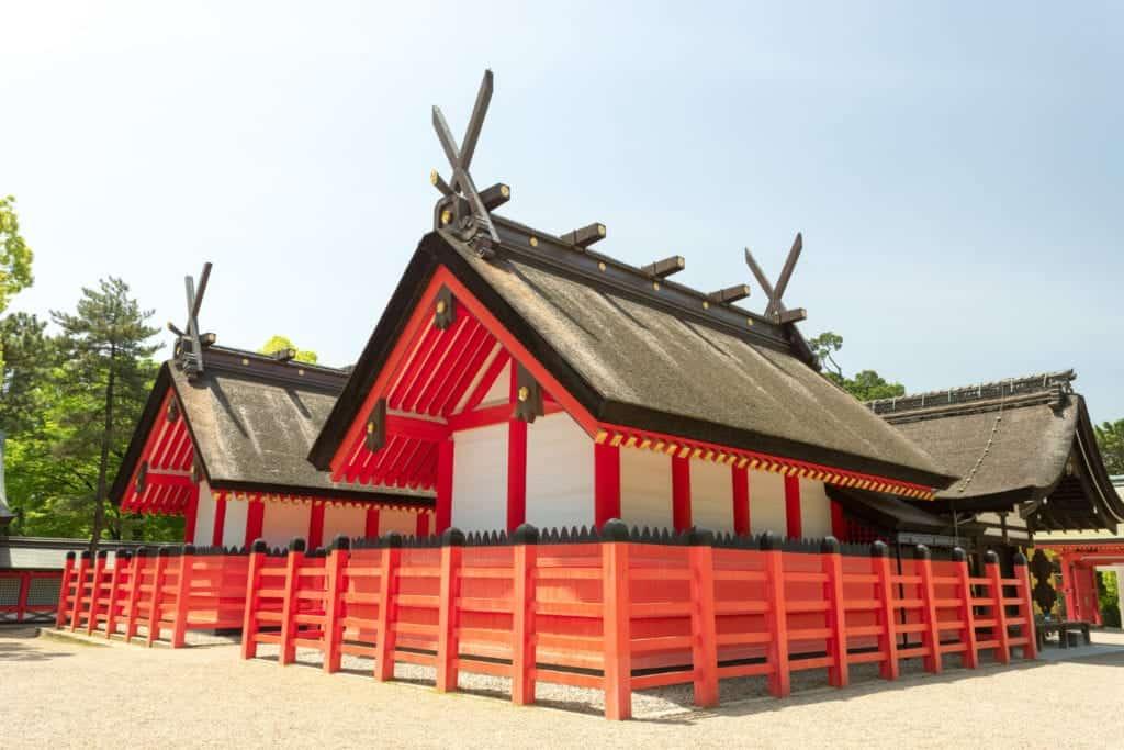 Sumiyoshi Taisha temple during daytime with beautiful houses.