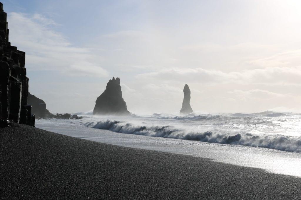 Vik beach on island.