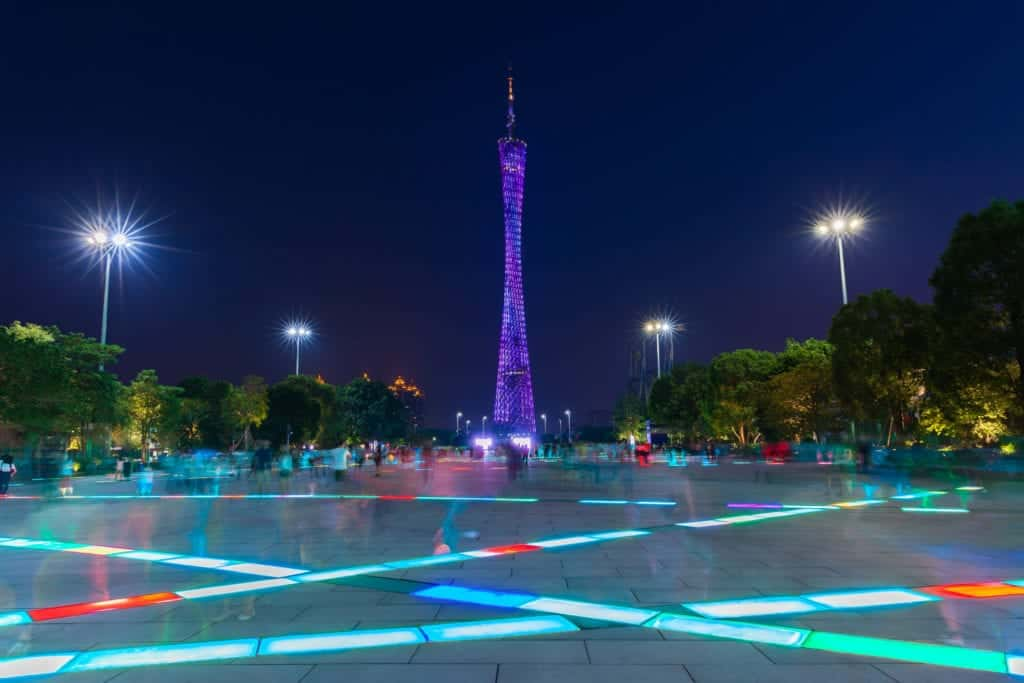 dusk-view-of-the-canton-tower-as-seen-from-the-flower-square-in-guangzhou-china-on-octover-4-2016_t20_ne42LP (2)