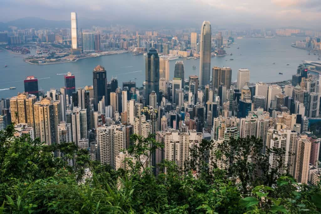 victoria-peak-is-hong-kongs-highest-point-and-a-popular-spot-thats-renowned-for-its-stunning-view-of_t20_bx8AAP