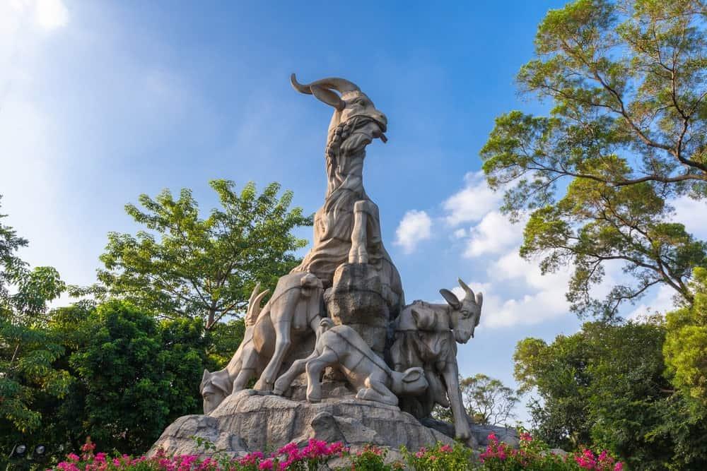 yuexiu-park-five-rams-statue-the-symbol-of-guangzhou-china_t20_2JXR0P