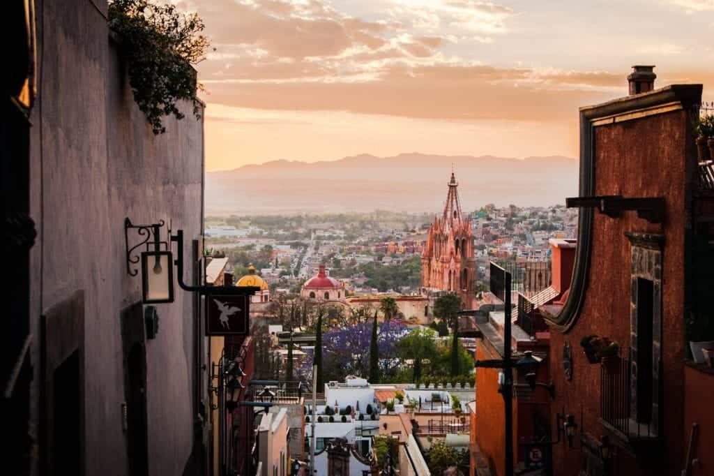 Full city overview of San Miguel de Allende.